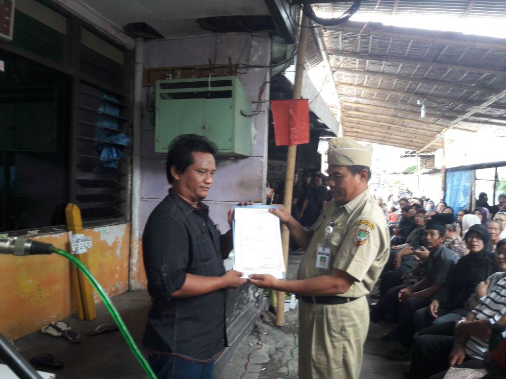 penyerahan besuk kiamat kelurahan serengan 7