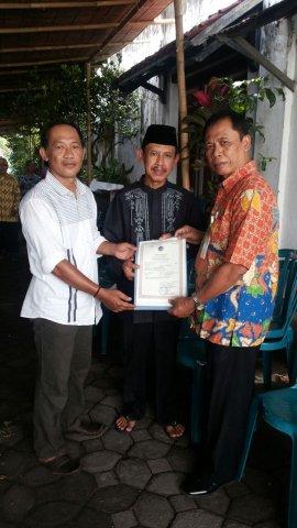 phoca_thumb_l_penyerahan besuk kiamat kelurahan baluwarti